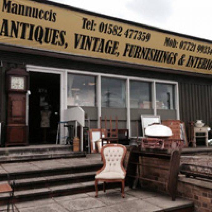 Mannuccis Antiques