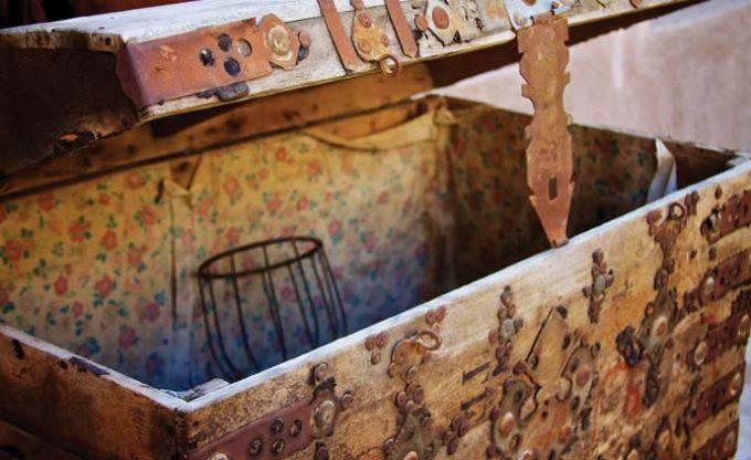 Acorn Antiques